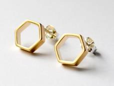 gold-hexagon-studs-31-940x705